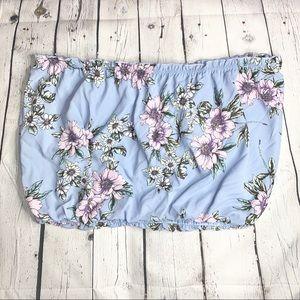 BUNDLE ME 🌸 Floral strapless crop top SZ XL